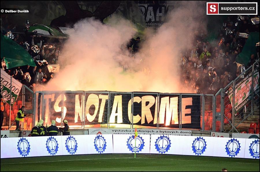 slavia_venku2016_its_not_a_crime